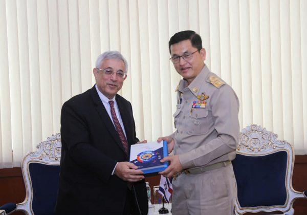 เลขาธิการสำนักงานทรัพยากรน้ำแห่งชาติห้การต้อนรับ Dr.Meir Shlomo (ดร.เมเอียร์ ชโลโม) เอกอัครราชทูตอิสราเอลประจำประเทศไทย